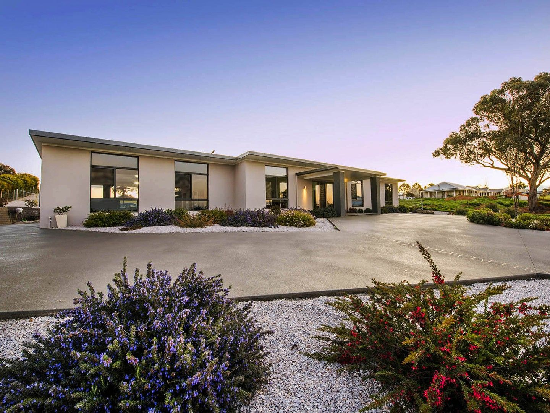 32 Robert Hoddle Grove, Mudgee NSW 2850, Image 0