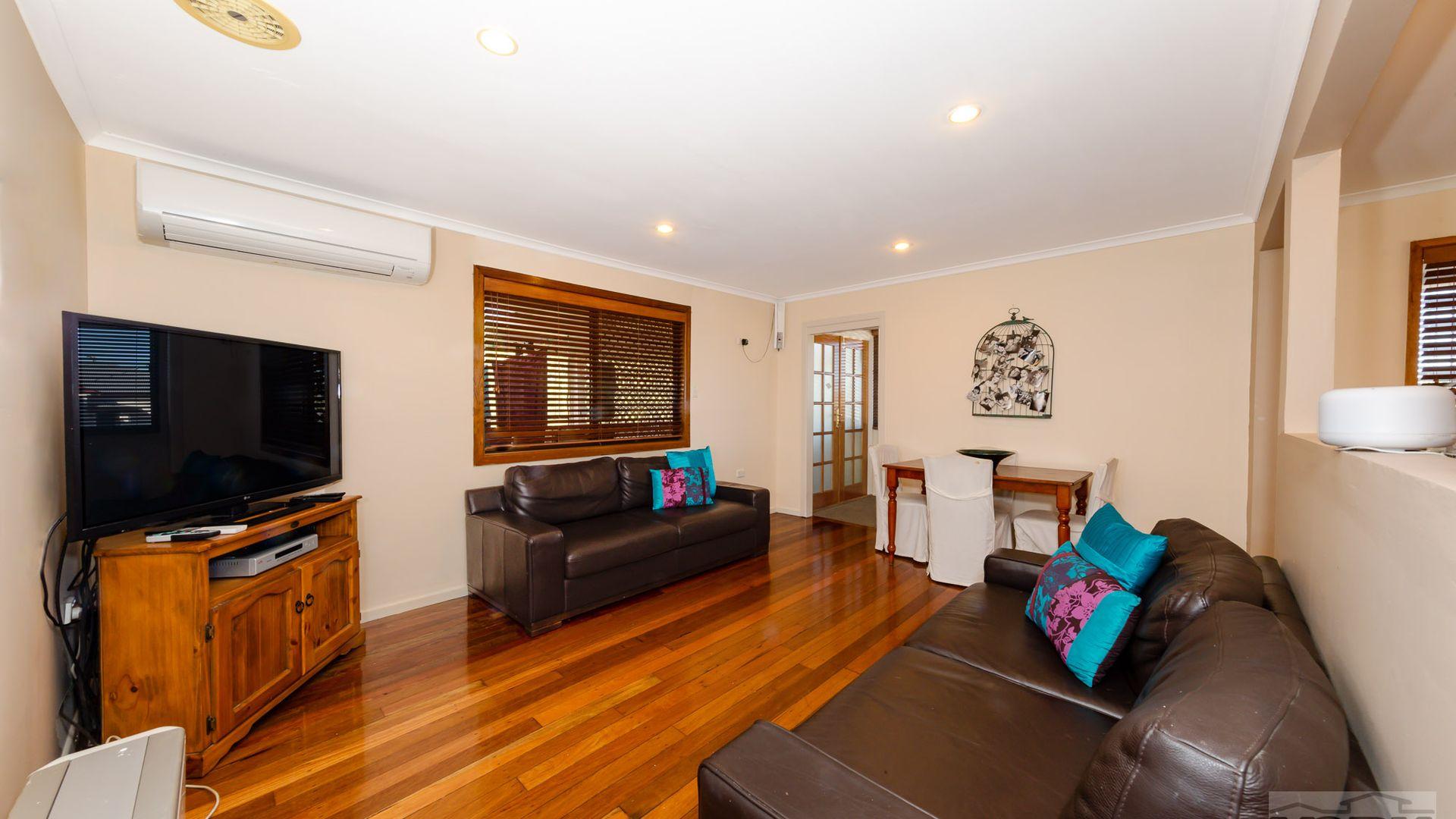 453 Stenner Street, Harristown QLD 4350, Image 2