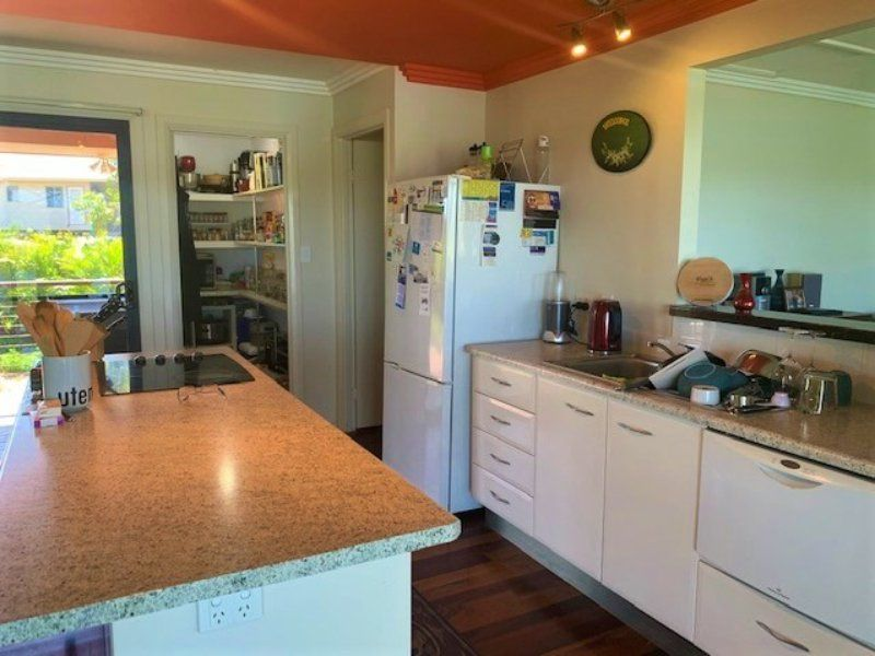 70 Oasis Dve, Russell Island QLD 4184, Image 2