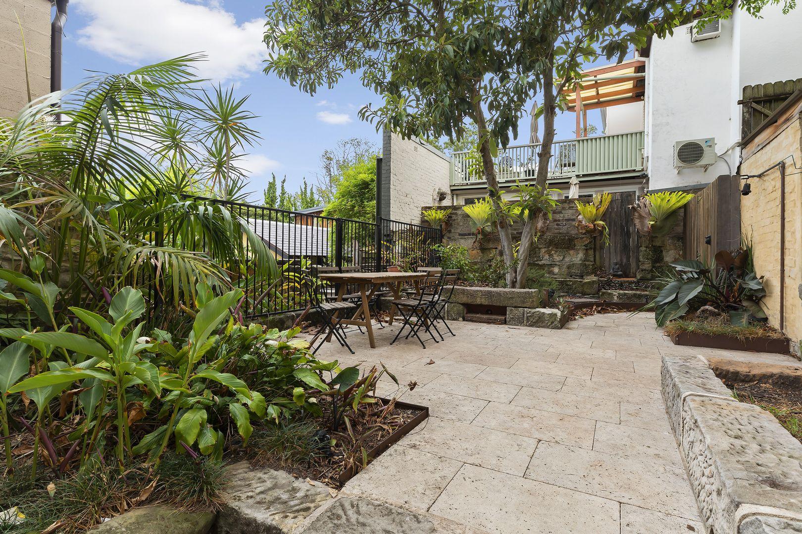 2/210 Darling Street, Balmain NSW 2041, Image 0