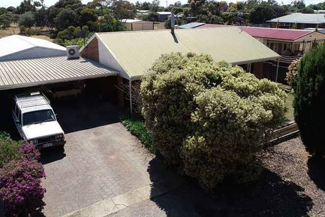 Picture of 20 FOURTH STREET, WOOL BAY SA 5575