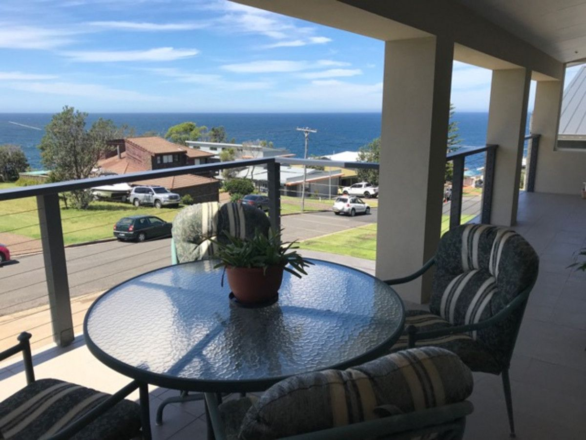 208 Mitchell Parade, Mollymook NSW 2539, Image 1