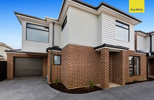 Picture of 2,3/76 Walmer Avenue, St Albans VIC 3021