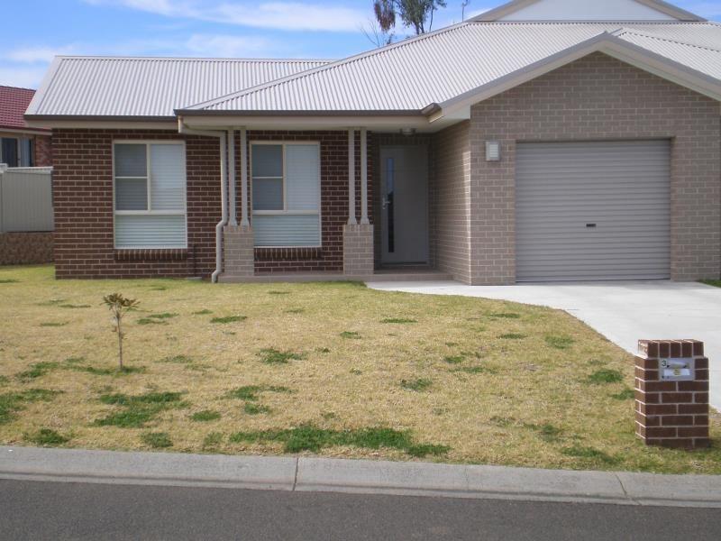 3 James Place, Tamworth NSW 2340, Image 0