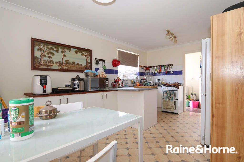 31 Perrier Place, Kelso NSW 2795, Image 2