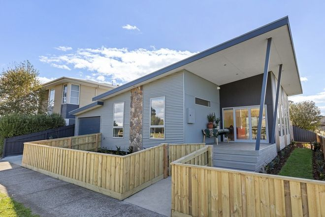 Picture of 1 Yacht Court, INDENTED HEAD VIC 3223