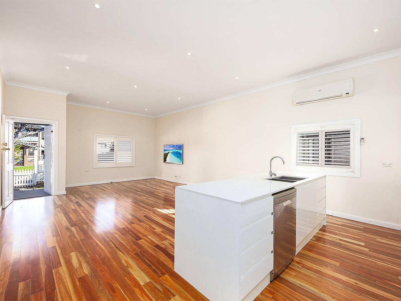 15 Valeria Street, Toongabbie NSW 2146, Image 2
