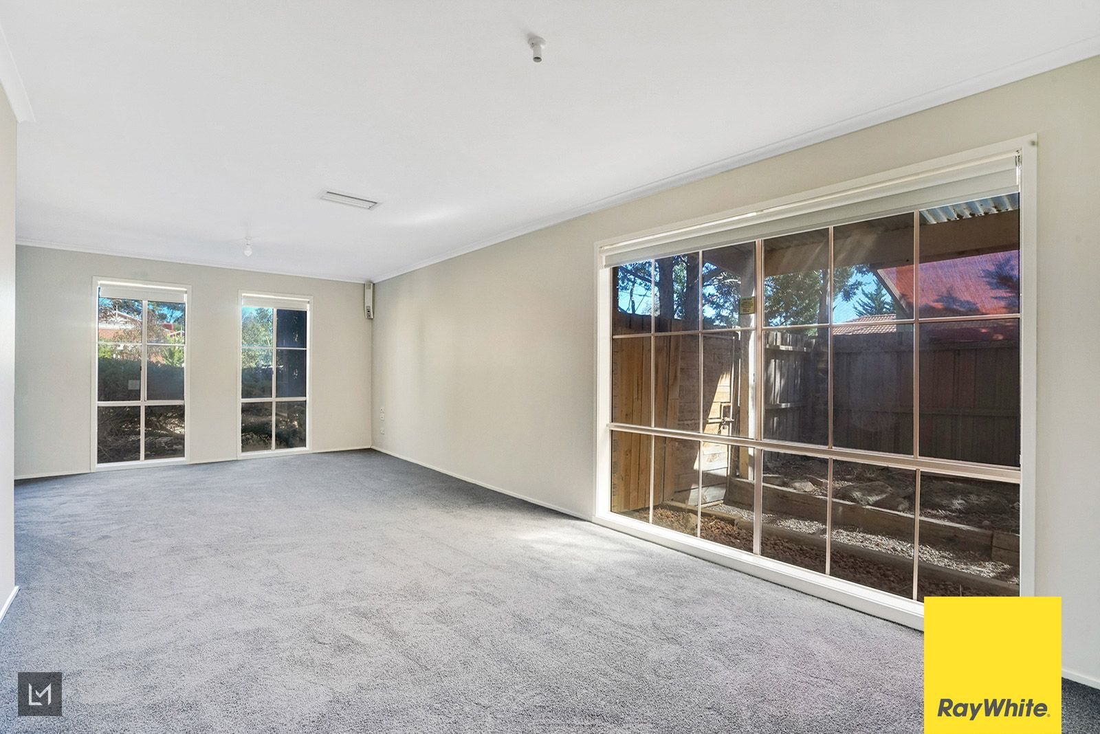 29 Maple Crescent, Hoppers Crossing VIC 3029, Image 2