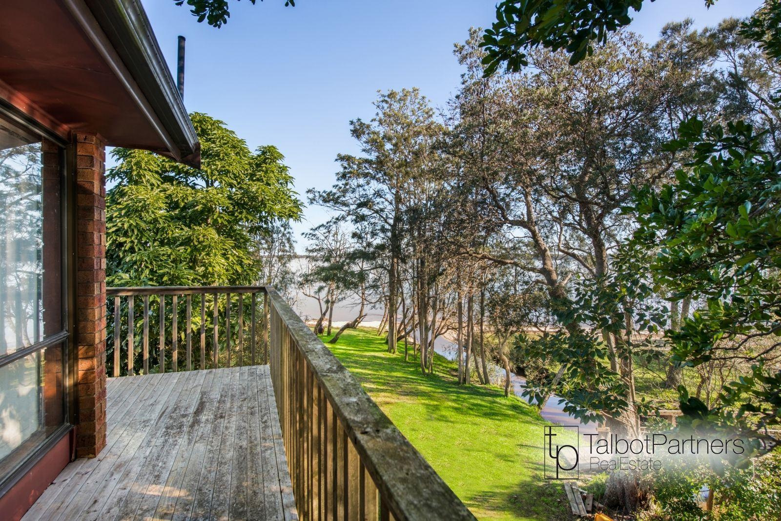 6 Greenacre Avenue, Lake Munmorah NSW 2259, Image 0
