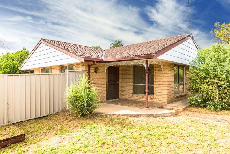 20 Elizabeth Street, Gilgandra NSW 2827, Image 1