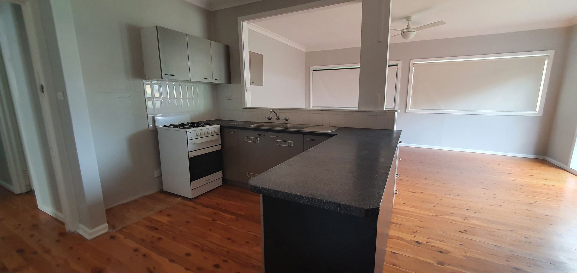 10 Simpson  Avenue, Coonamble NSW 2829, Image 1