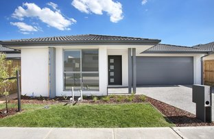 Picture of 25 Nunkeri Court, Clyde North VIC 3978