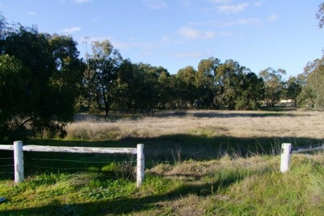 Picture of 9 Murray River Drive, SOUTH YUNDERUP WA 6208