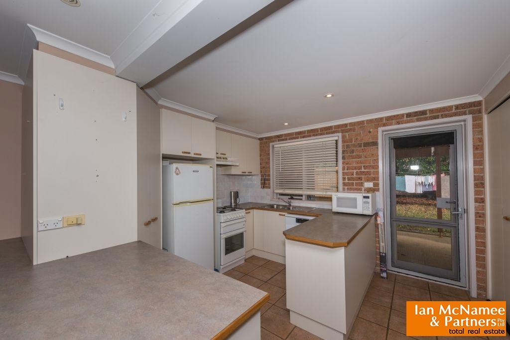 2/59 Furlong Road, Queanbeyan West NSW 2620, Image 2