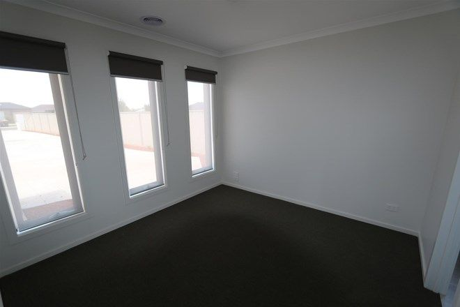 Picture of 2/19 Fishburn Grove, MELTON WEST VIC 3337