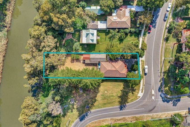 Picture of 178 Sandal Cres, CARRAMAR NSW 2163