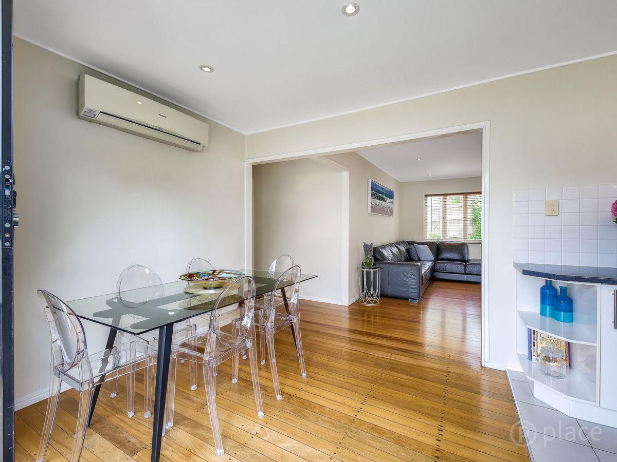 58 Dobbs Street, Holland Park West QLD 4121, Image 2