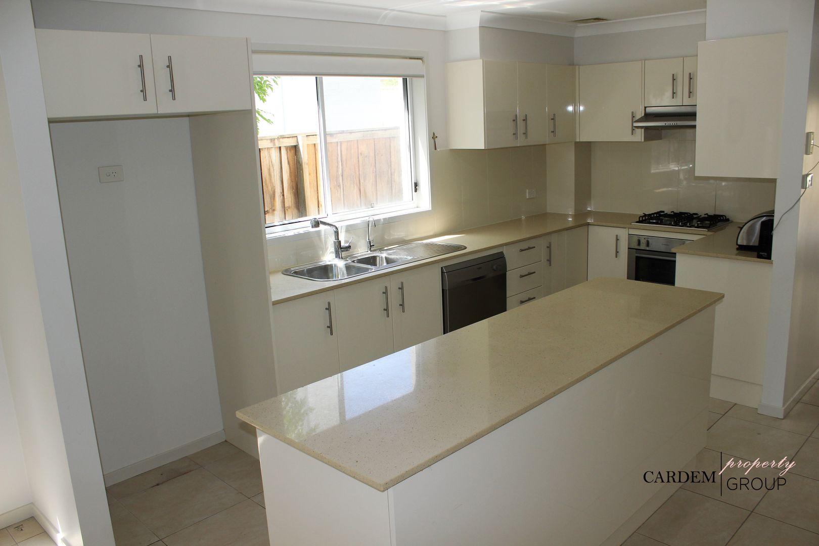 1/22 Watling Avenue , West Hoxton NSW 2171, Image 1