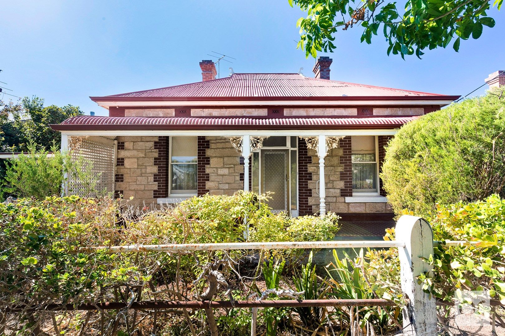 37 Knightsbridge Road, Leabrook SA 5068, Image 1