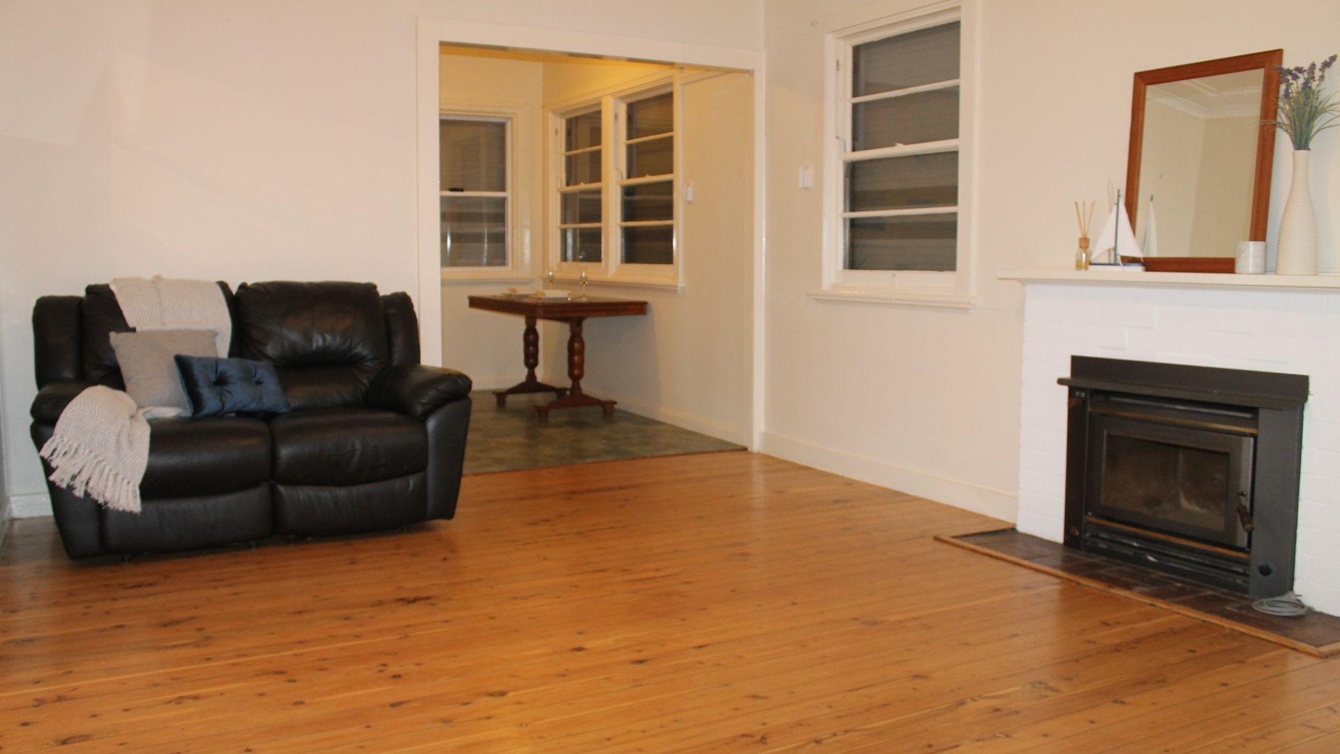36 Butler Street, Inverell NSW 2360, Image 2