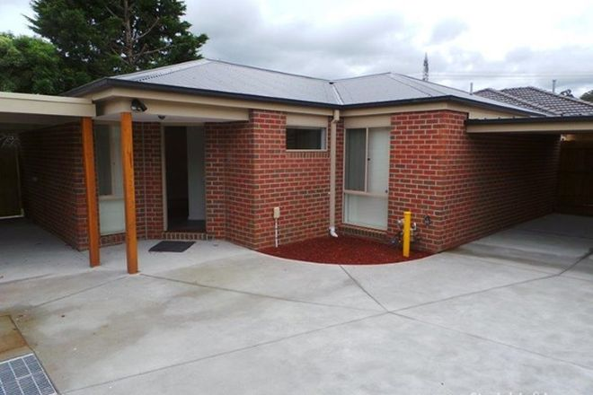 Picture of 2/18 Clydebank Avenue, ENDEAVOUR HILLS VIC 3802