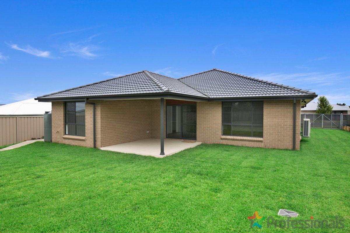 7 Holmfield Drive, Armidale NSW 2350, Image 1