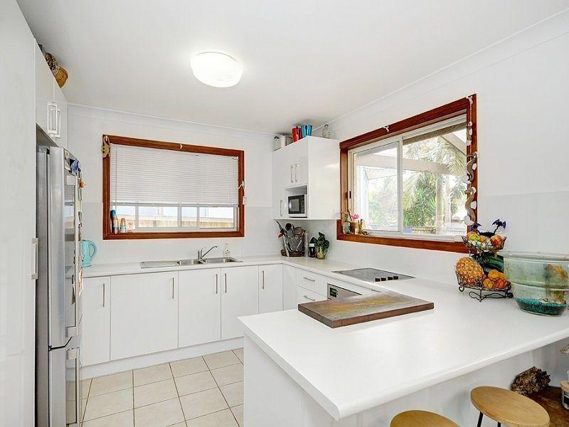 37 Monash Street, Tugun QLD 4224, Image 2