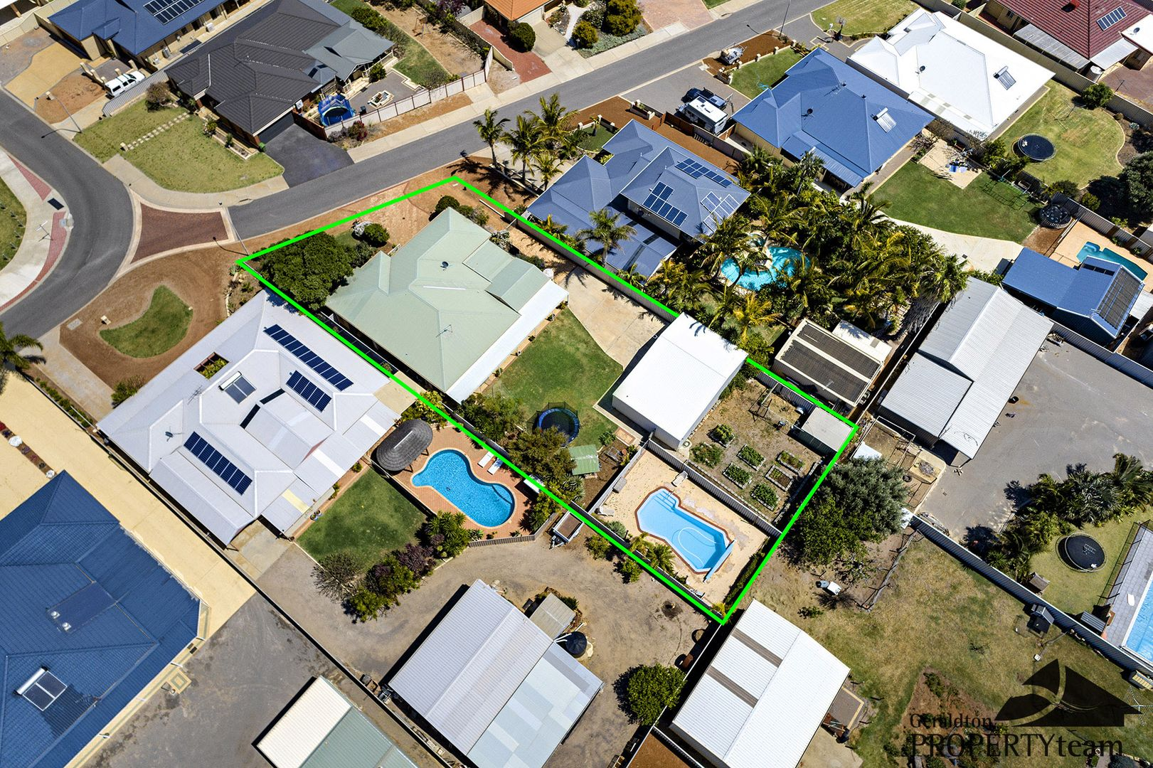 2 Shoalhaven Way, Drummond Cove WA 6532, Image 0