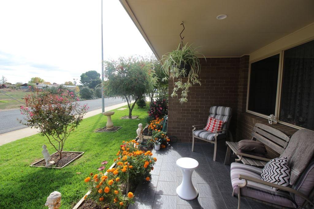 28/8 Short Street, Wattle Grove, Cootamundra NSW 2590, Image 2