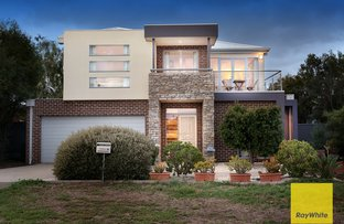 Picture of 16 West Cornhill Way, Point Cook VIC 3030