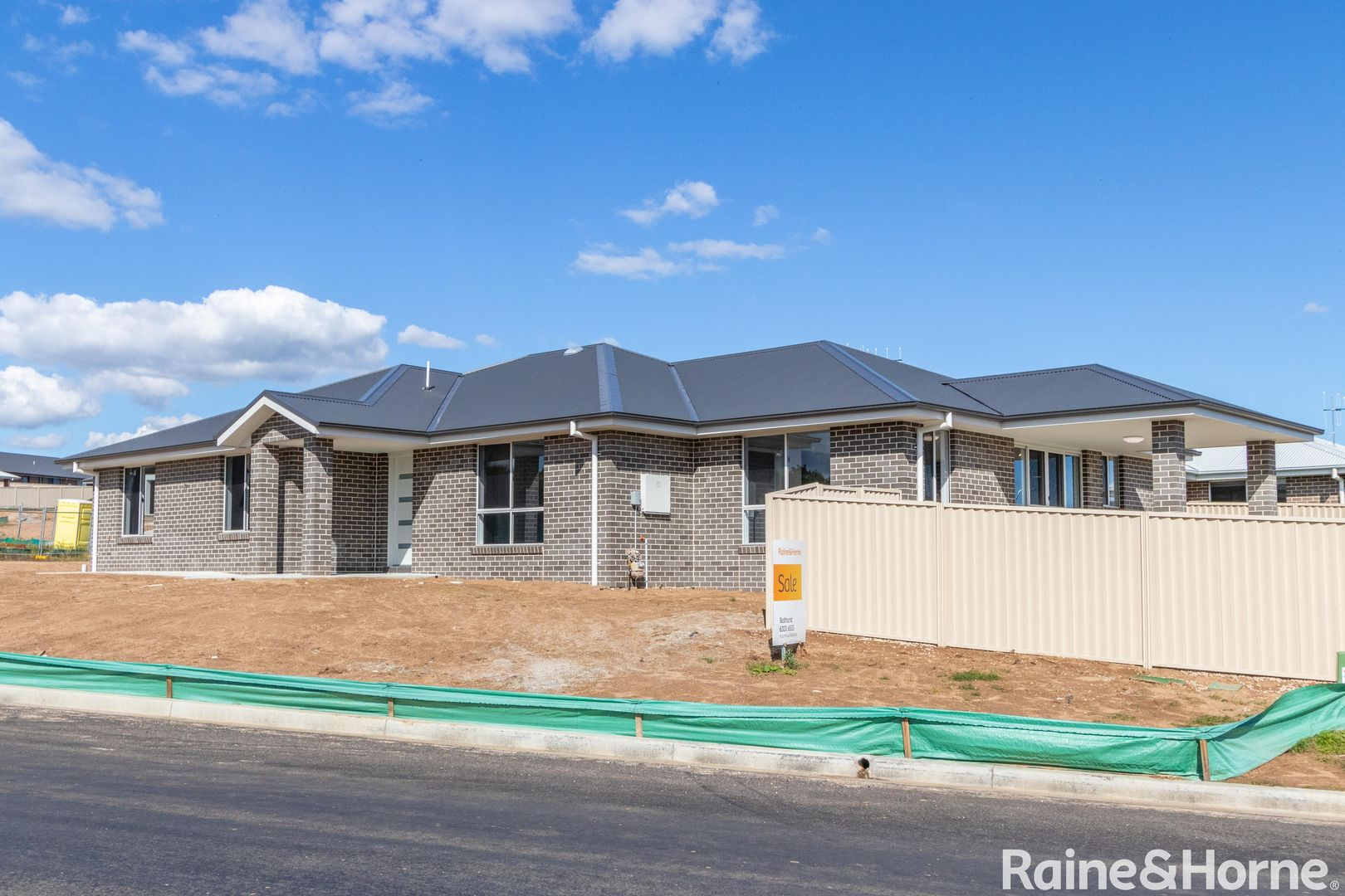 2 Wheatfield Drive, Kelso NSW 2795, Image 0
