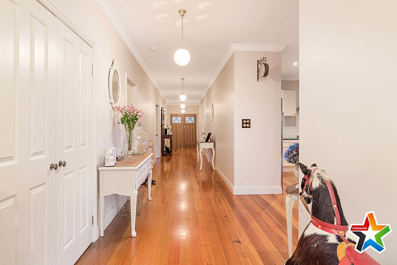 1/9 Francis Crescent, Mount Evelyn VIC 3796, Image 2