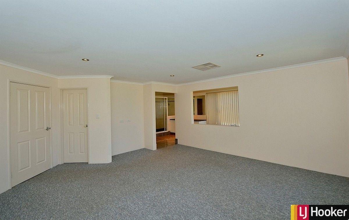 49 Buttercup Parkway, Halls Head WA 6210, Image 2