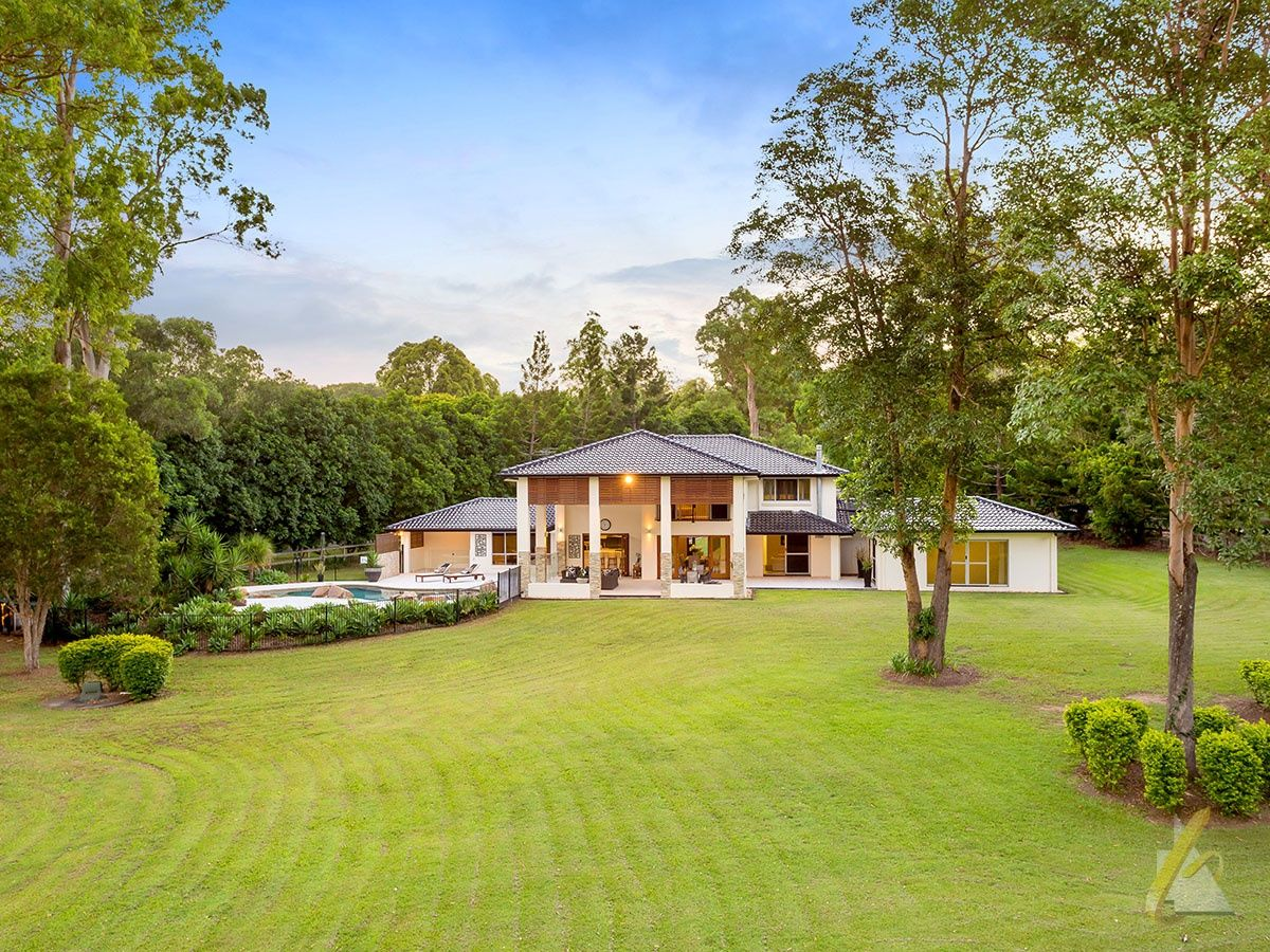 80 Peronne Place, Brookfield QLD 4069, Image 0