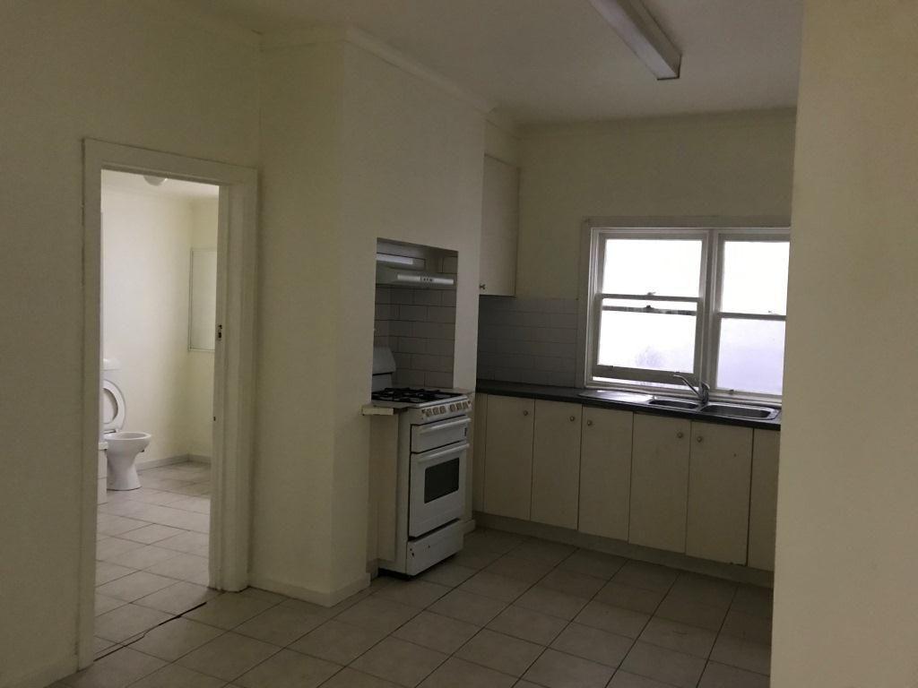 58 NICHOLSON STREET, Footscray VIC 3011, Image 2