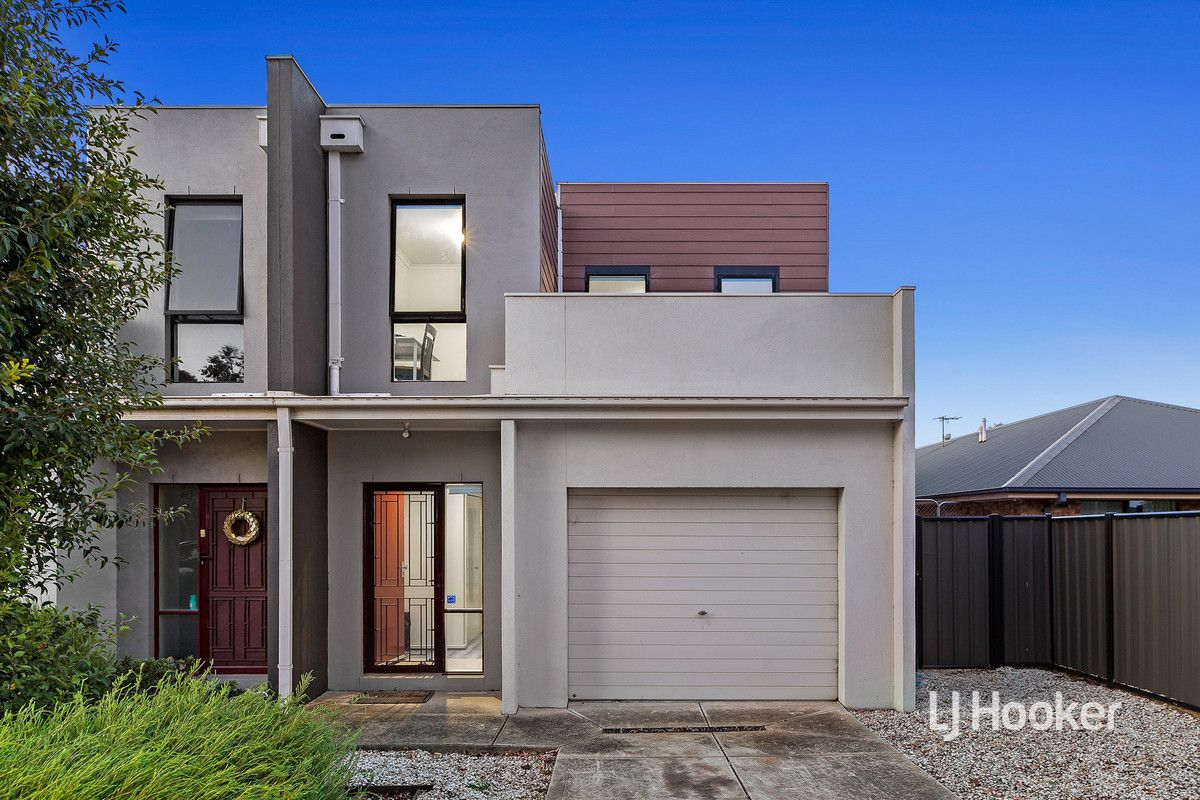 33/39 Astley Crescent, Point Cook VIC 3030, Image 0