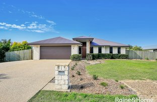 Picture of 3 Compass Avenue, Innes Park QLD 4670