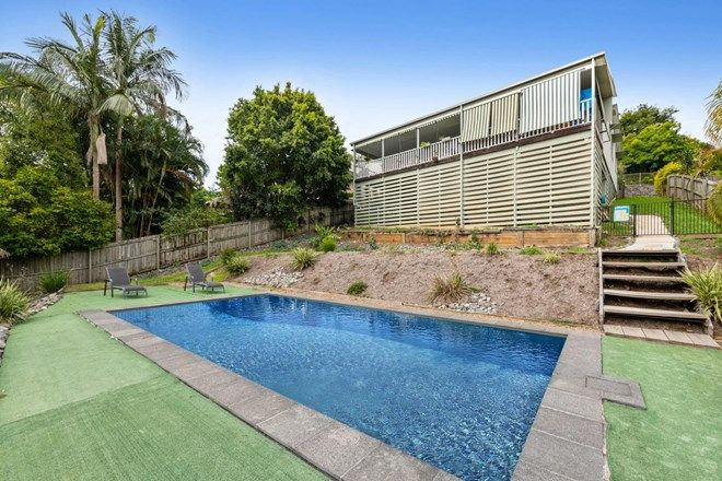 Picture of 10 Rainbow Court, WOOMBYE QLD 4559