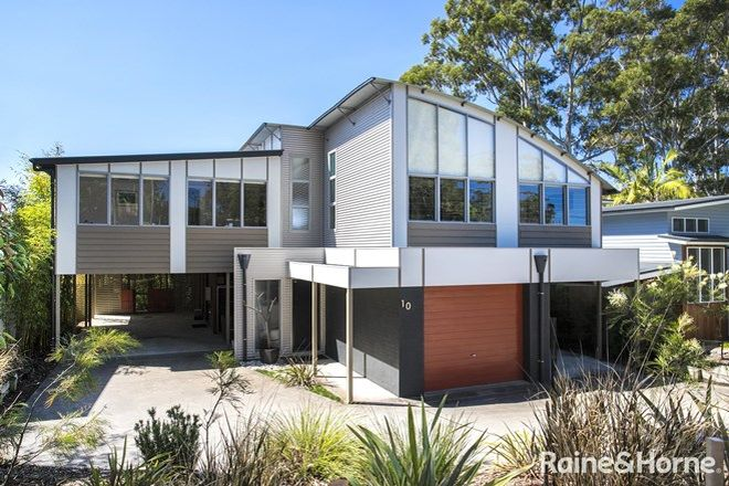 Picture of 10 Bannister Head Road, MOLLYMOOK BEACH NSW 2539