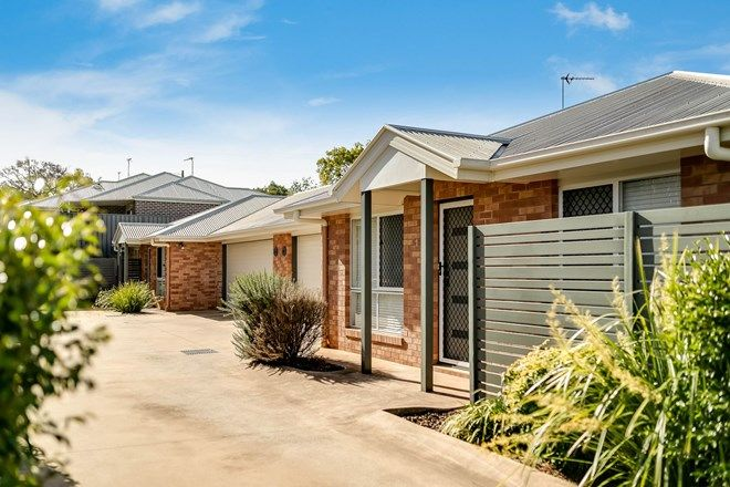 Picture of Units 1 & 2/19A Searle Street, SOUTH TOOWOOMBA QLD 4350