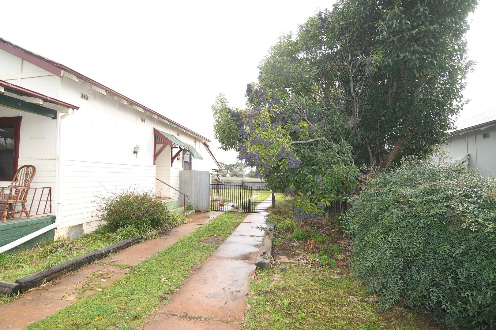 1 PARDEY STREET, Temora NSW 2666, Image 1