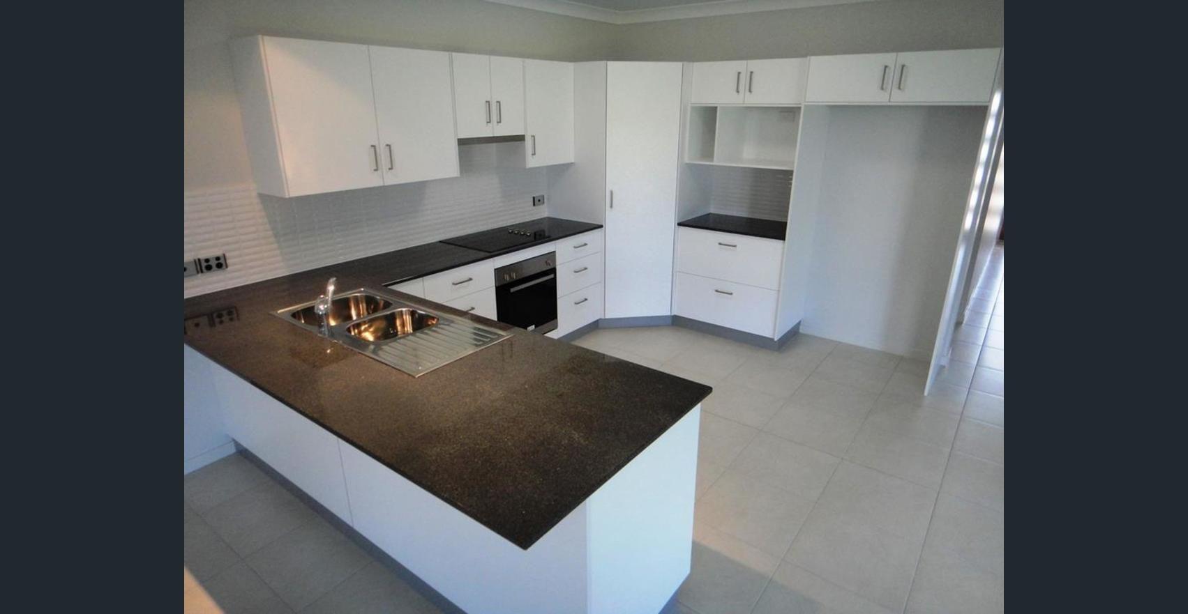 17 Ellenor Street, Mount Low QLD 4818, Image 1