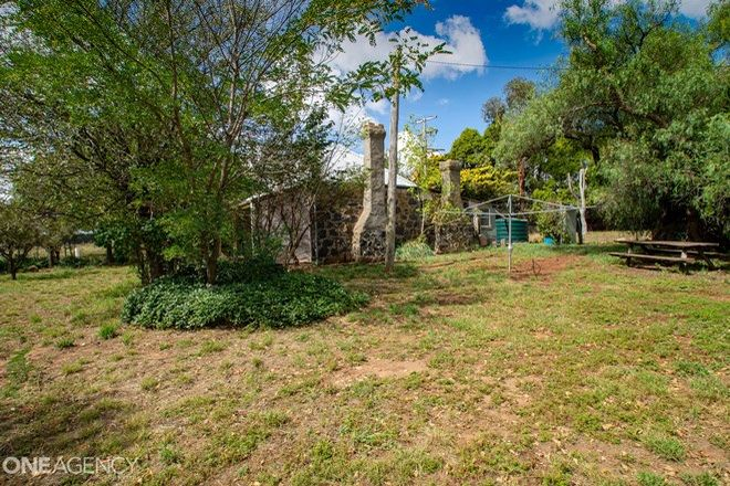 Picture of 271 Forest Reefs Road, MILLTHORPE NSW 2798