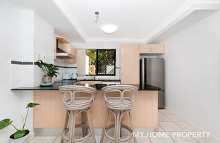 Picture of 1/14 Little Norman Street, Southport QLD 4215