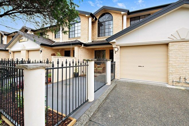 Picture of 5/36 Nyanda Avenue, FLORAVILLE NSW 2280