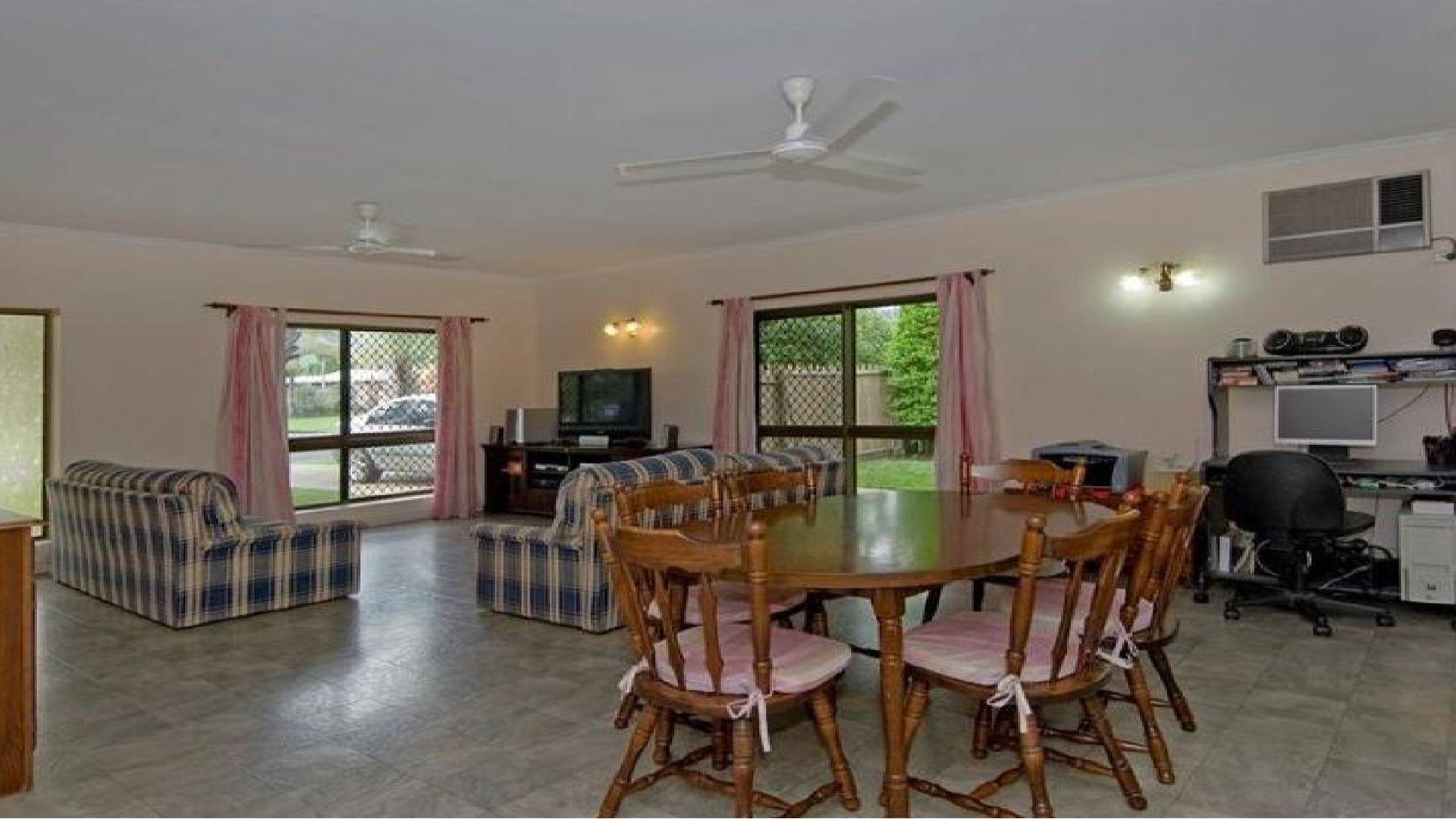 Bentley Park QLD 4869, Image 2