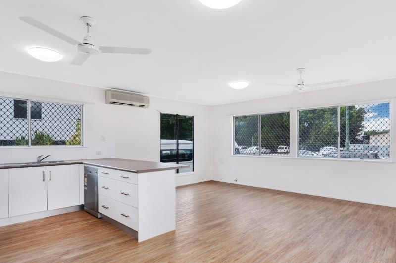 72 Russell, Edge Hill QLD 4870, Image 2