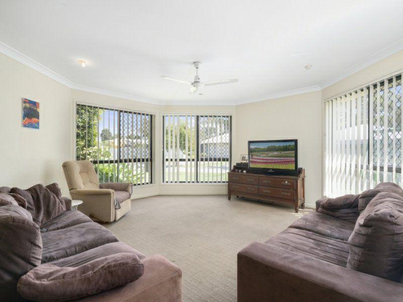 6-10 Echidna Place, Ningi QLD 4511, Image 2