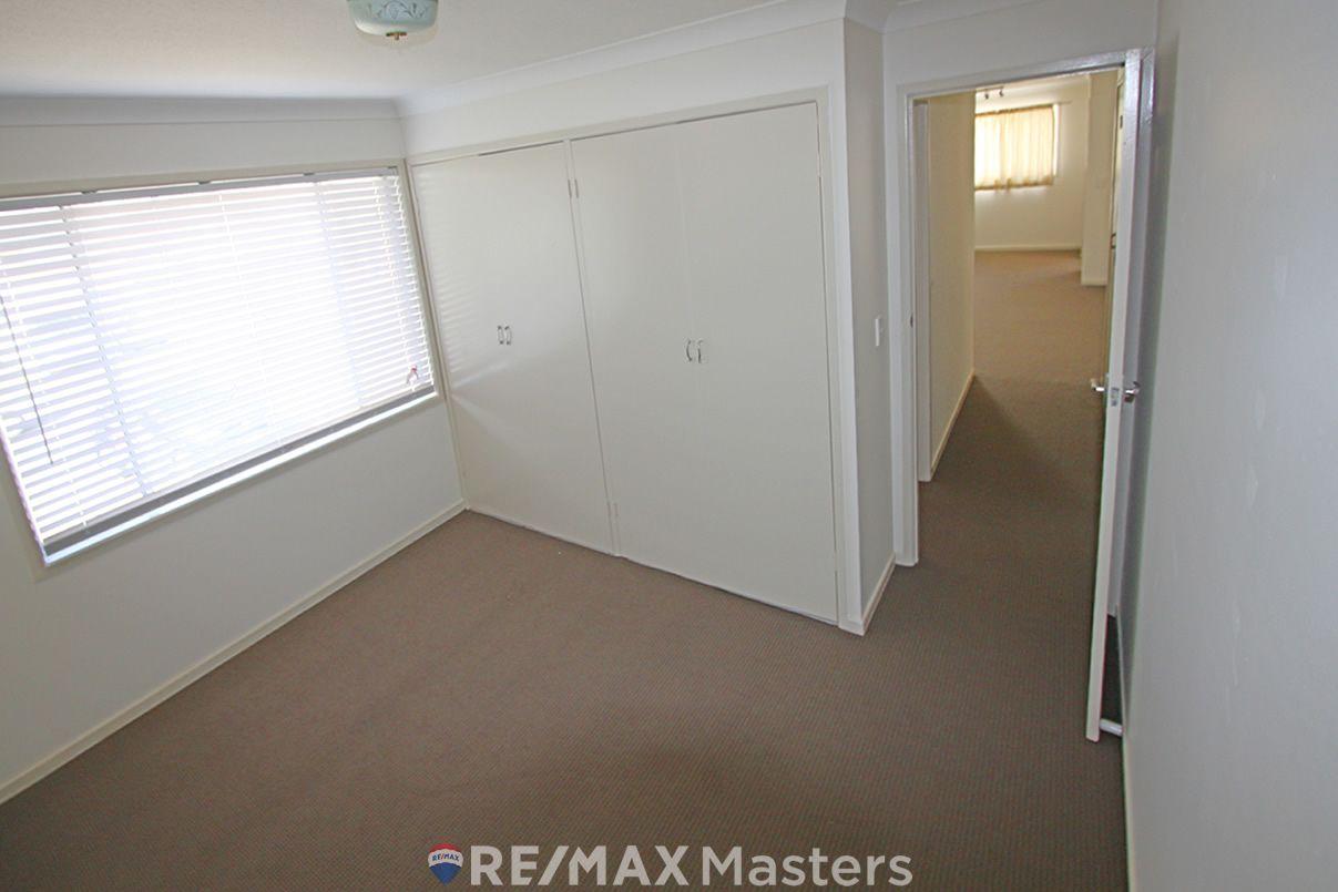 37 Dennistoun Street, Sunnybank Hills QLD 4109, Image 2