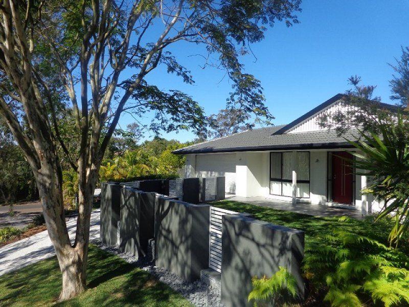 4 Wesley Place, Sinnamon Park QLD 4073, Image 1